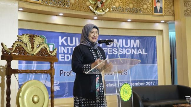 Kuliah Umum Interprofessional Education